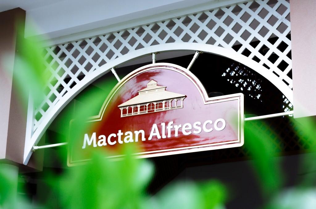 cebu lechon alfresco food macron
